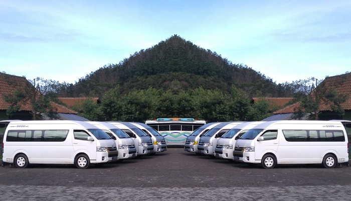 rental mobil hiace commuter banjarnegara tersedia 5 unit dengan harga murah